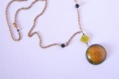 pendente in resina giallo fatto a mano