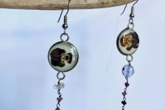 rosario e moneta Uruguay con viola mammola