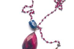 rosario rosso a scialle , lapislazzulo emurrina, con pendente in resina